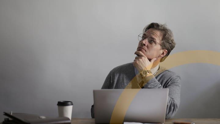 Mehrwertsteuersenkung und ERP-Software-nachdenklicher Unternehmer-teaser