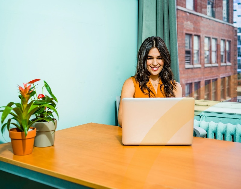 DocuWare Webinar Digitale Personalakte-HR-Manager bei der Arbeit-mobil