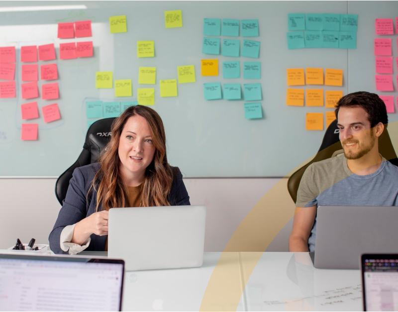 Software Sage HR Personalmanagement-Hauptbild Mitarbeitergespräch